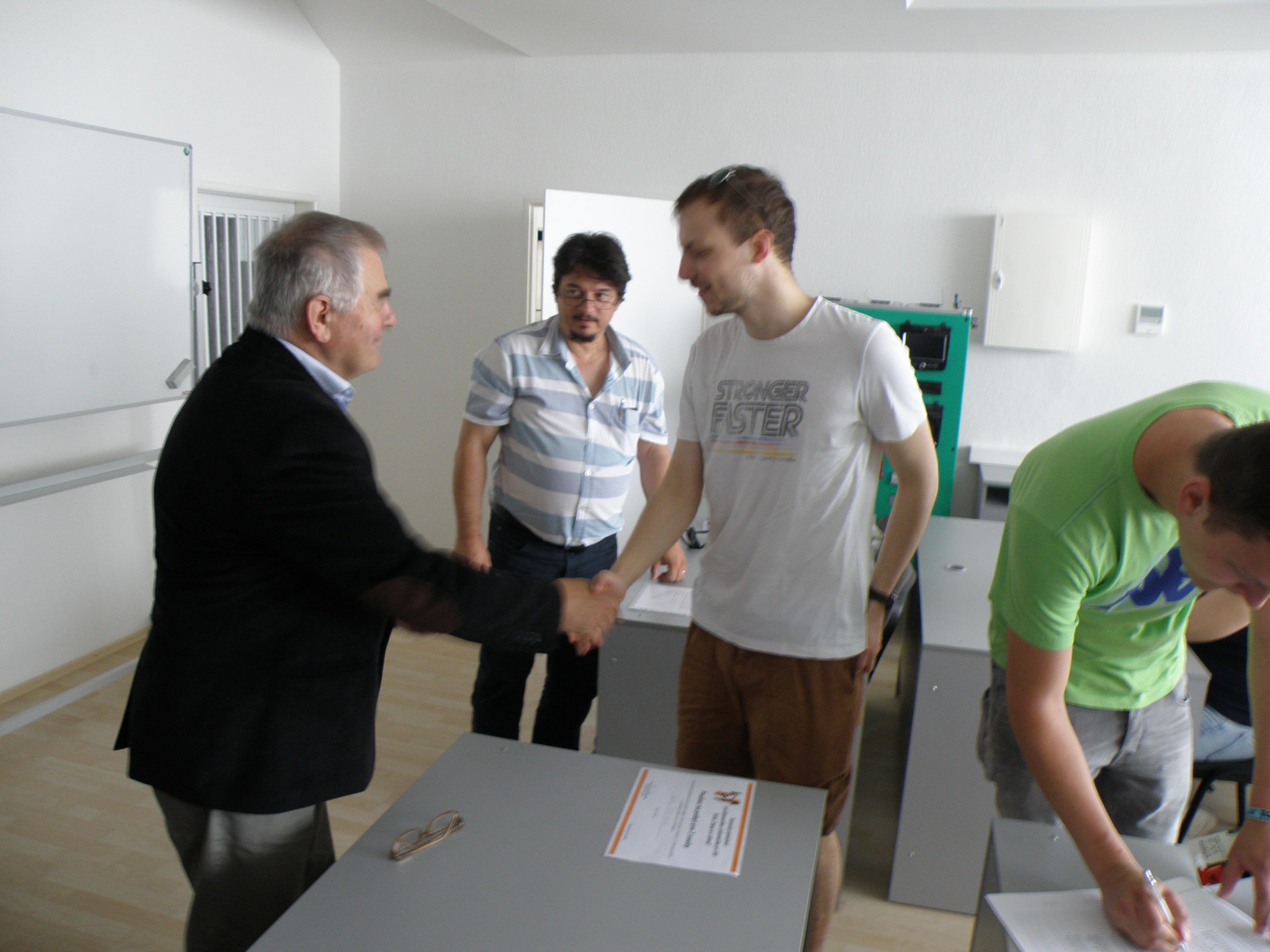 Odovzdávanie cien študentom FEI v rámci súťaže Zapoj sa a vyhraj! (1.7.2015)