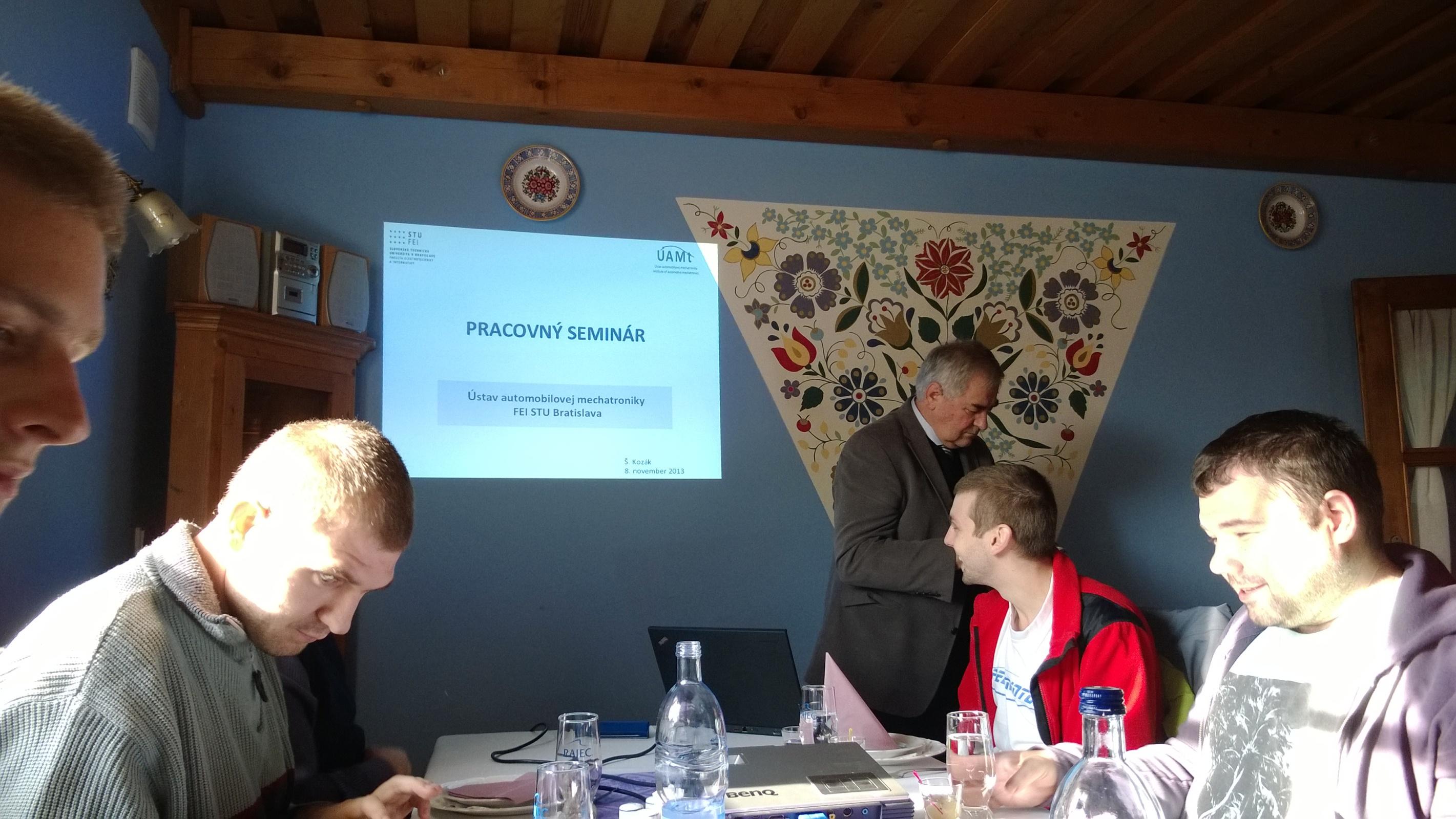 Pracovný seminár (8.11.2013)